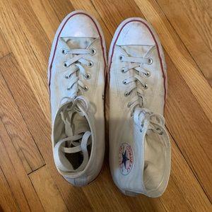 White converse chuck Taylor's high